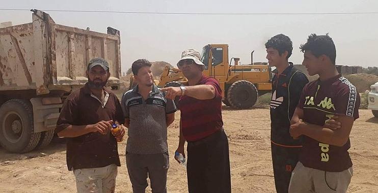 قائمقامية الكوت تواصل الحملـة الخدميـة لانشاء الساحات الرياضية في مناطق دور العمال وداموك