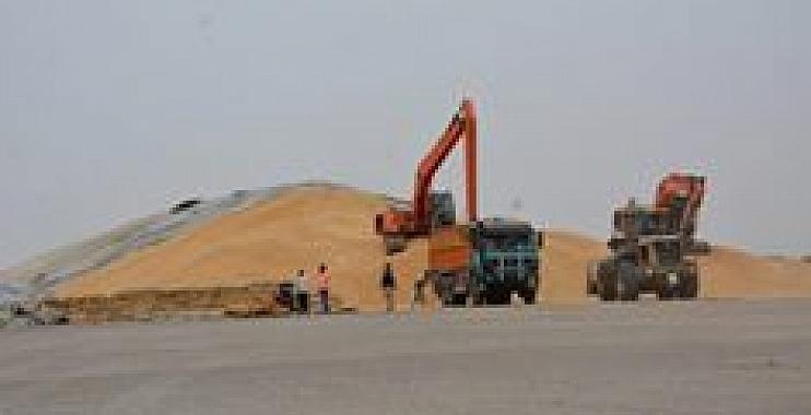 محافظ واسط يطلع على آليات حملة تسويق محصول الحنطة في المحافظة