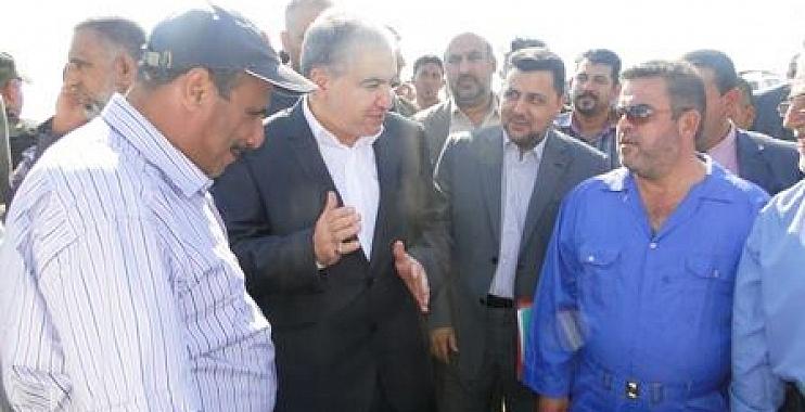 وزير االموارد المائية : شرعنا بتنصيب مضخات عائمة لتصريف المياه في ناحيتي شيخ سعد وعلي الغربي
