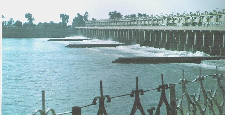 وزير الموارد المائية المهندس  يتفقد سدة الكوت وعدد من المشاريع الاروائية